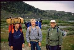 Isä, Mika ja Eero Meekolta lähdössä kohti Haltia 6.7.1984