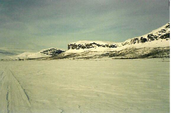 Meekonvaaran ja Annjalonjin jyrkänteet 14.4.1986