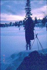 Suomunlatvoilta Teräväkivenpään ja Niilanpään välisestä solasta 18.2.2001