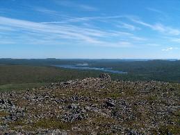 Piäldujävrin Vuomáluohtá nähtynä Soarvegielakselta 4.7.2005