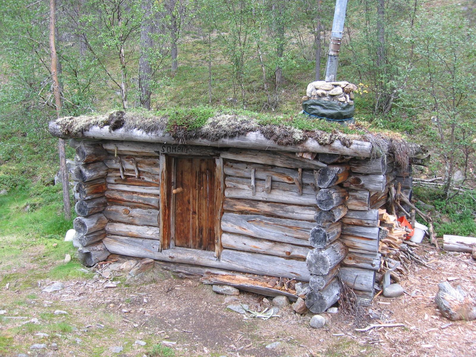 Sompion tupa Illestipääjärvellä 4.8.2010