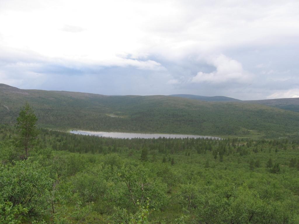 Ravadasjärvi Peuranampumapäältä päin 1.8.2007