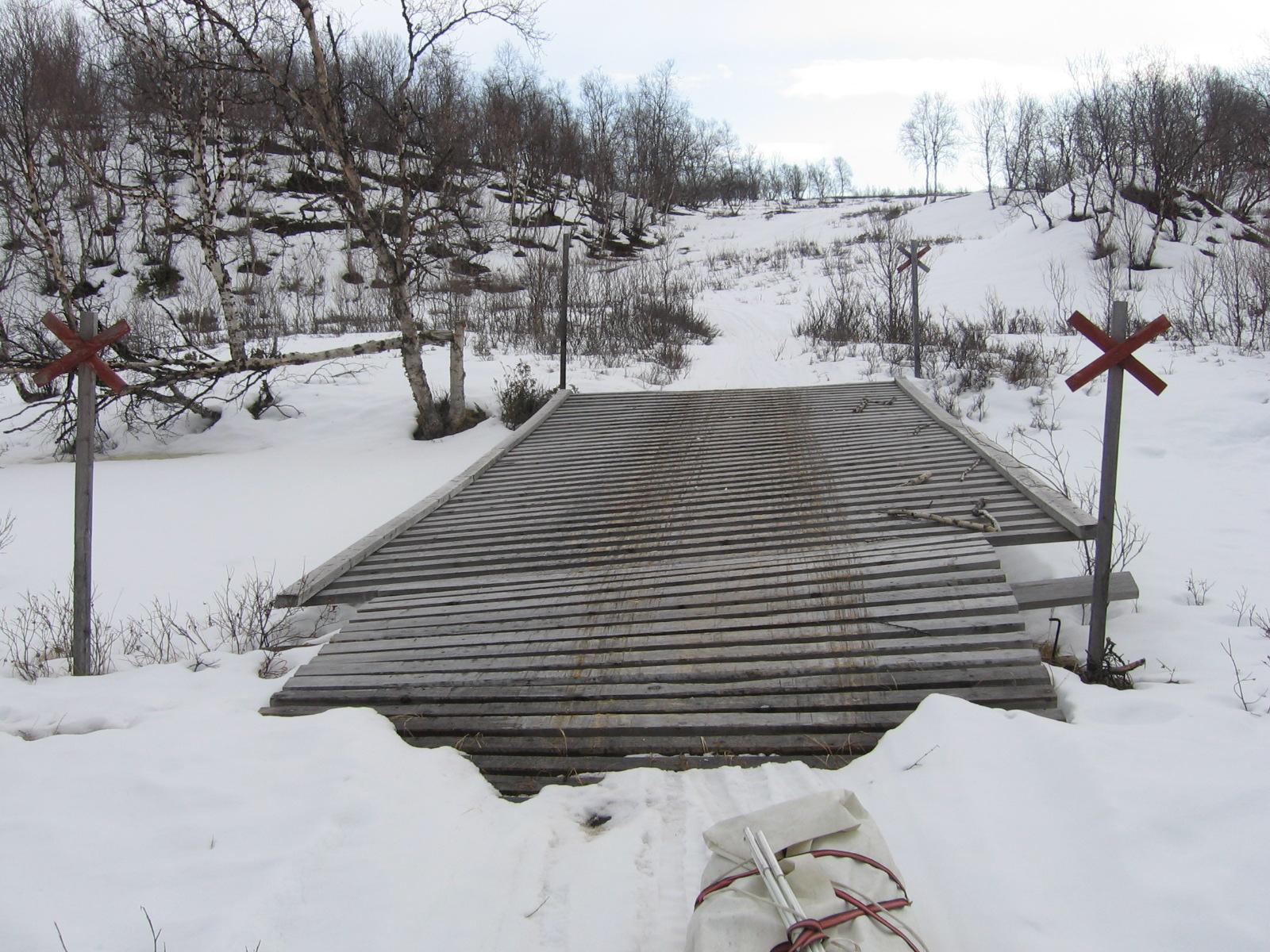 Luossajohkan silta 15.4.2010