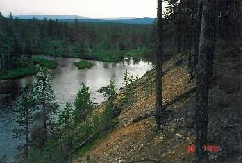 Suomun ja Muorravaarakkajoen yhtymäkohta 16.7.2000