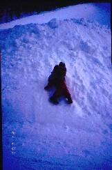 Henna Iisakkipään lumikasassa 21.2.2003