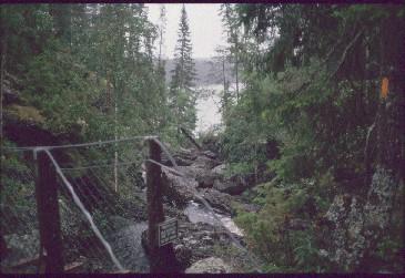 Silta Taivalkönkään tuvan lähellä 15.7.1990