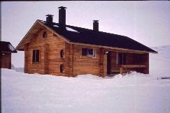 Poliisin uusi maja Vuomakasjärvellä 16.4.1993